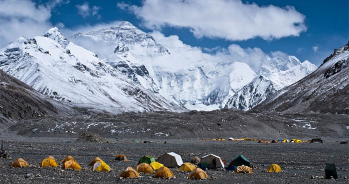 An amazing view of Everest Base Camp Trek
