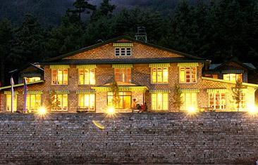 Luxury Lodge Trek to Everest Base Camp