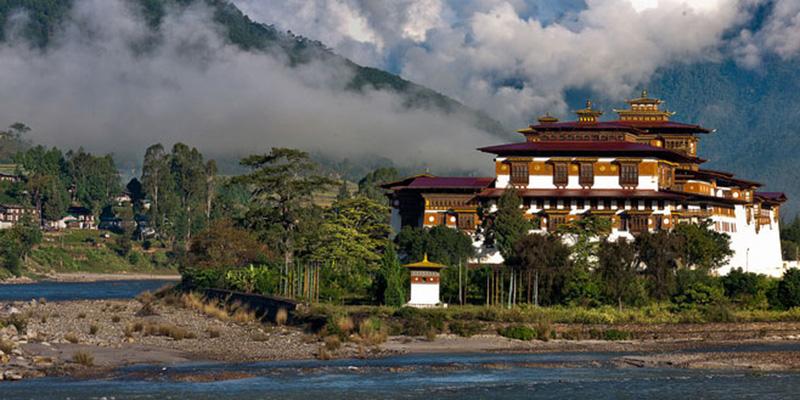 Punakha Domoche Trekking (3)