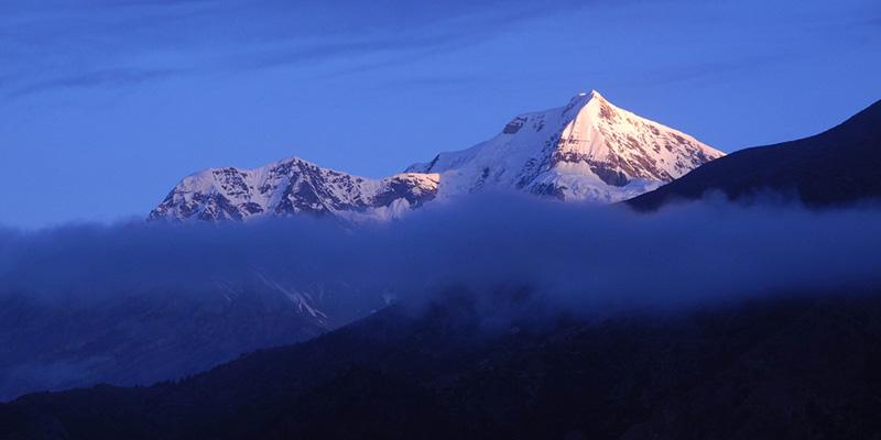 Chulu West Peak Climbing (2)
