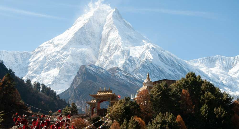 How difficult is the Manaslu Trek