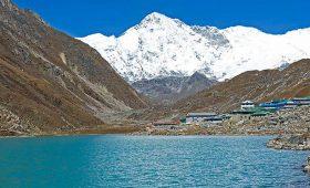 Everest and Gokyo Lakes Trek